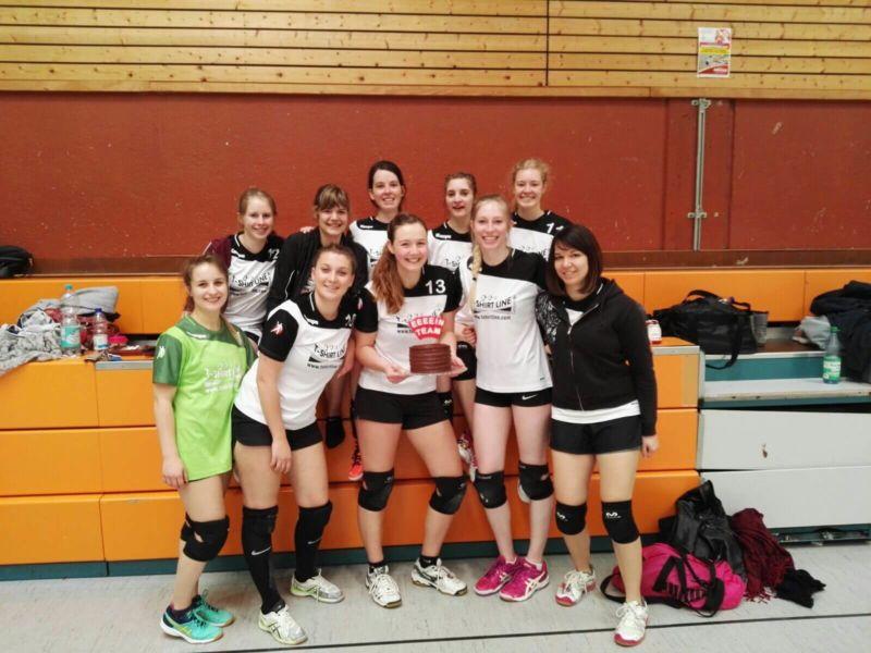 TSGLollar-Volleyball-Damen2-besiegt-Gießen01